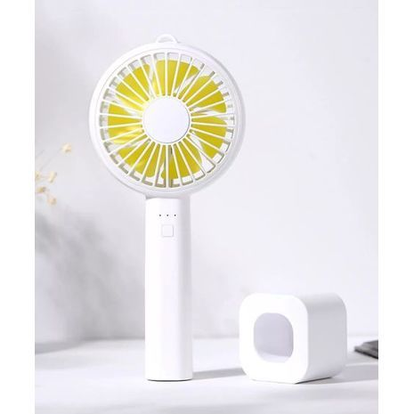 Powerful mini manual and desktop folding fan