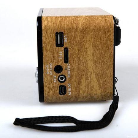 טרנזיסטור רדיו ביצוב רטרו עם כניסת USB,  חריץ לכרטיס זכרון,MP3 ,בלוטוס וסוללה נטענת פנימית  Kemai MD-1701BT